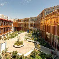 Centro-Comunitario-Salud-Matta-Sur-Luis-Vidal-Arquitectos-Aryeh-Kornfeld-01