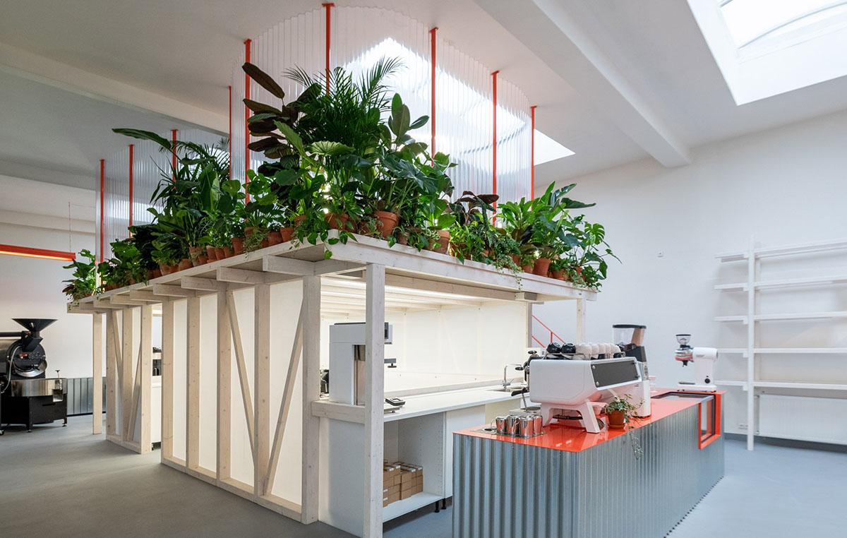 Grounds-Coffee-Hub-Kogaa-Alex-Shoots-Buildings-02