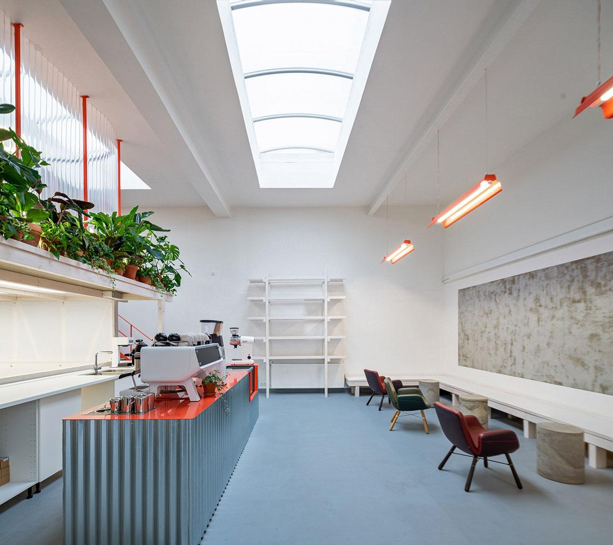 Grounds-Coffee-Hub-Kogaa-Alex-Shoots-Buildings-03