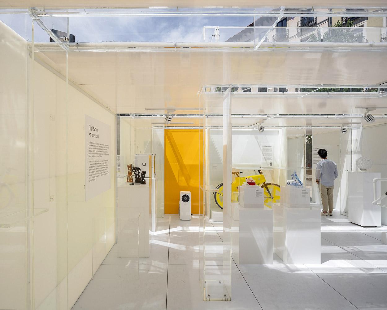 Museo-del-Plastico-delavegacanolasso-Imagen-Subliminal-03