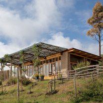 Casa-Jardin-Al-Borde-Arquitectos-JAG-Studio-04